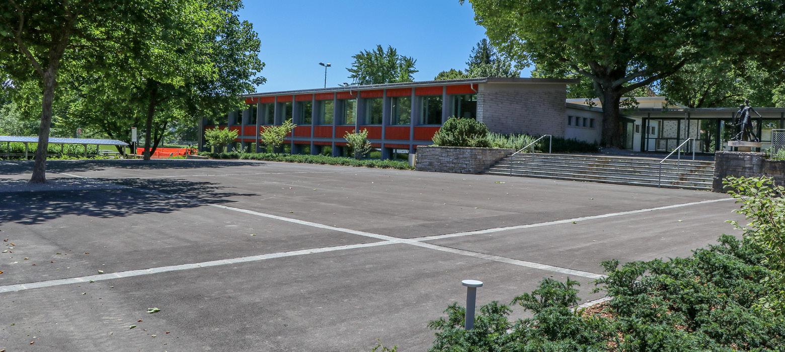 Schulhaus_Chatelet_Boezingen6