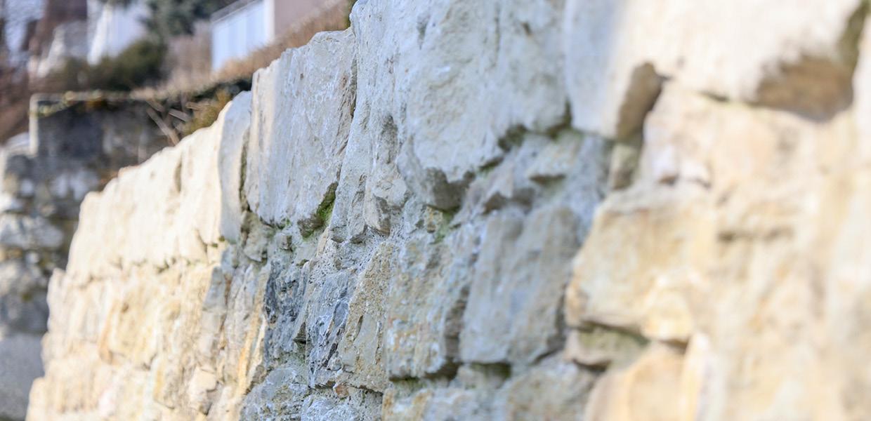 Natursteinmauer_Boezingen5